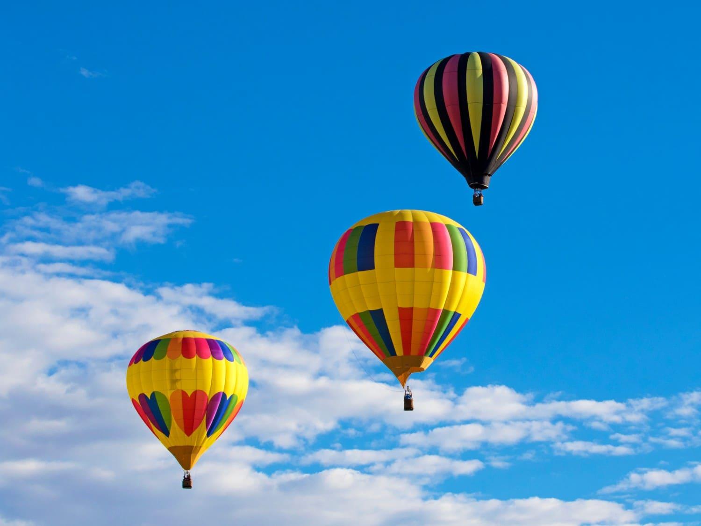 hot air balloons over santa fe