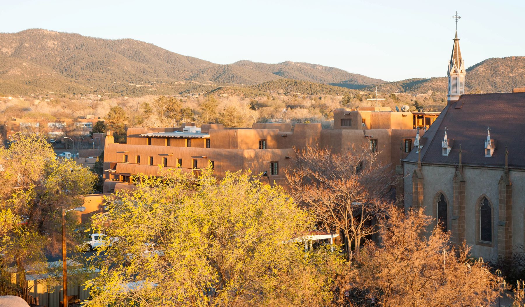 a view of Santa Fe, NM, and the surrounding mountains